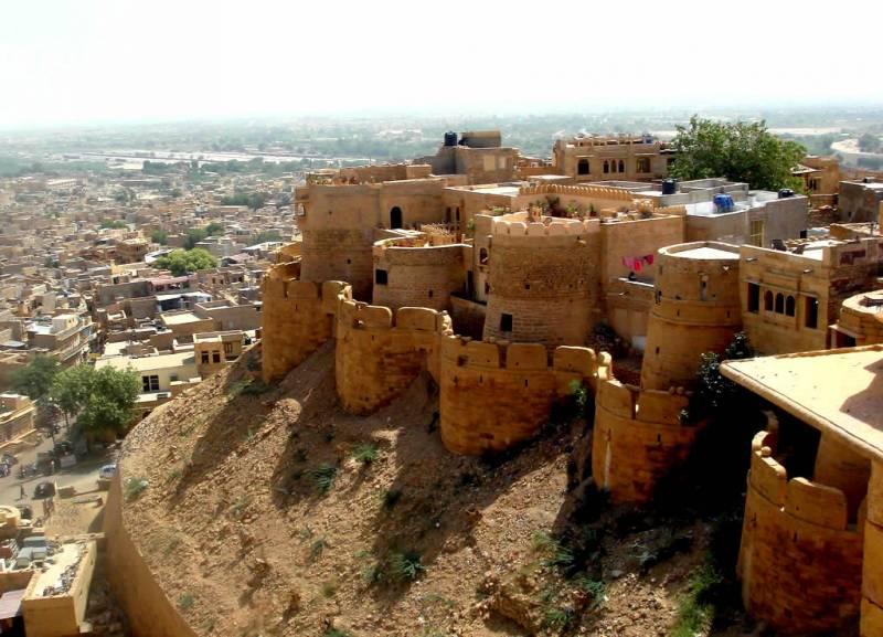 Bikaner- Jaisalmer- Jodhpur - Mt. Abu - Udaipur- Ajmer/pushkar - Jaipur Tour