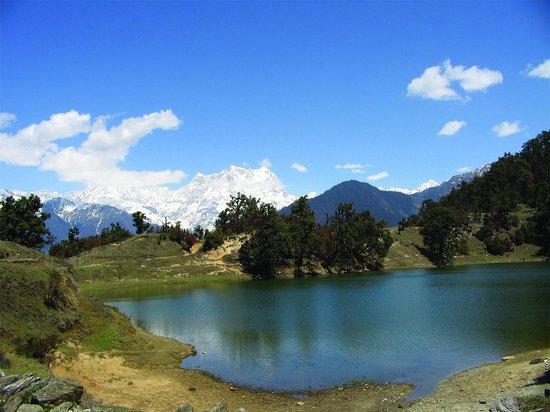 Sikkim- Gangtok - Changu Lake - Baba Mandir - Gurudogmar Lake - Yumthang- Pelling Tour