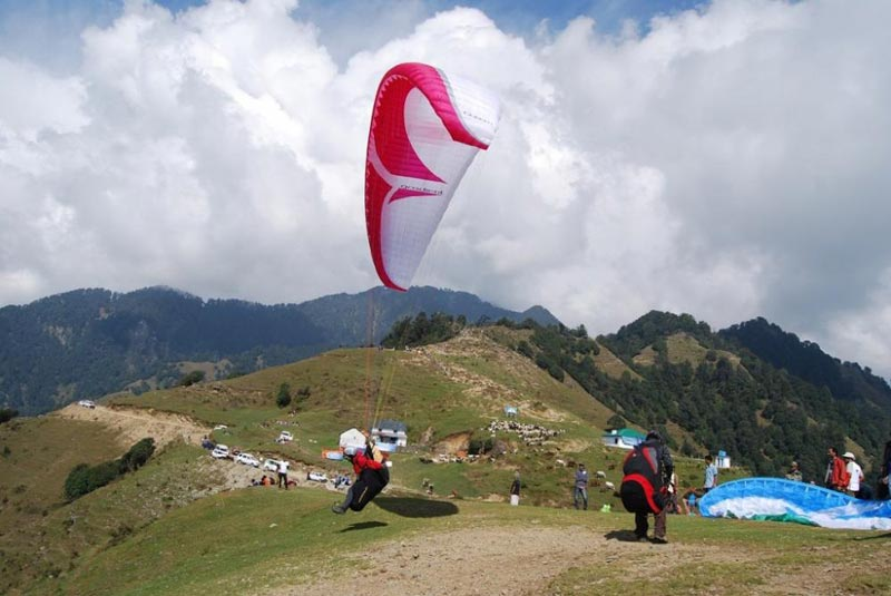 Bir Paragliding Package With Volvo