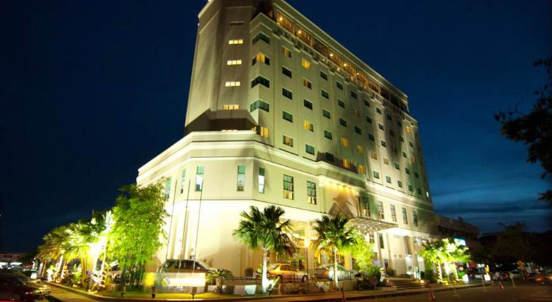 Malaysia Exciting 4* Hotel Offers Tour