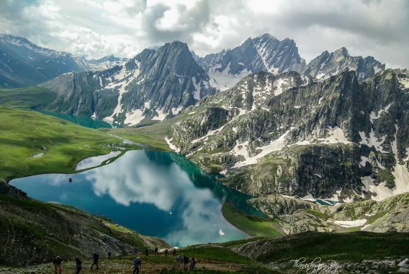 Kashmir Himalaya Alpine Lake Trek.