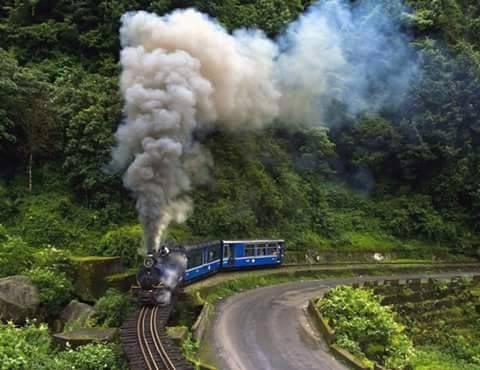 Gangtok - Youmthang - Derjeeling Tour