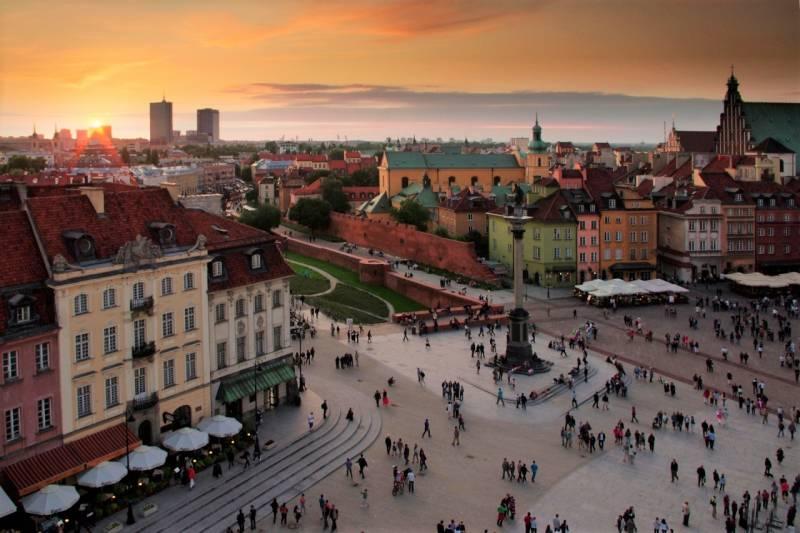 Warsaw Getaway Tour