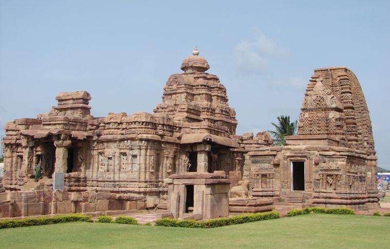Hyderabad-Hampi Weekend Tour