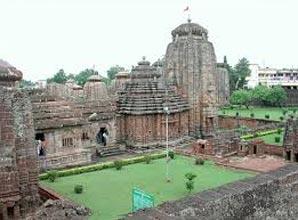 Bhubaneswar - Ratnagiri - Lalitgiri - Udaigiri - Puri – Konark - Chilika Tour