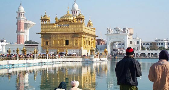 Chandigarh - Amritsar Tour With 6 Adults