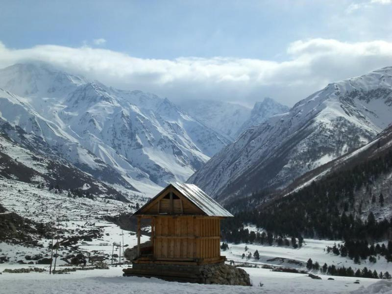 Himachal Tour With 6 Adults