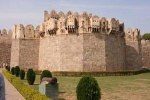 Hyderabad Ramoji City Golconda Tour
