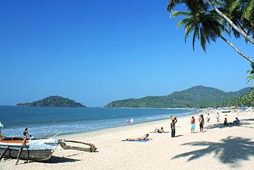 Mumbai Goa Beaches Tour Package