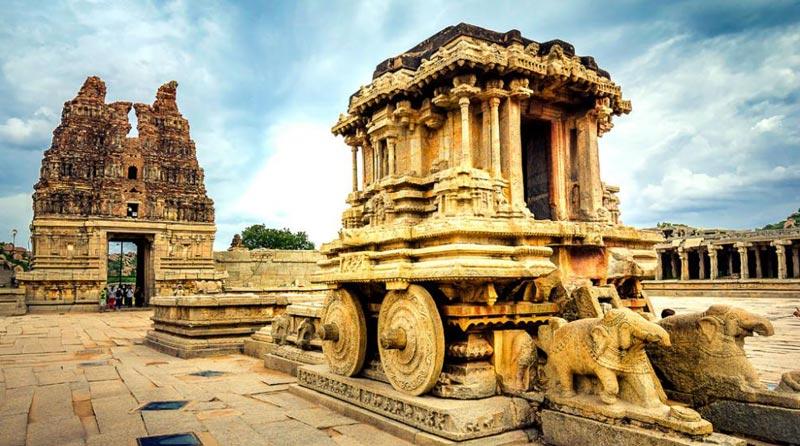 Bangalore - Chitradurga - Hampi Tour
