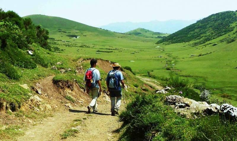 The Retreat Hike Tour