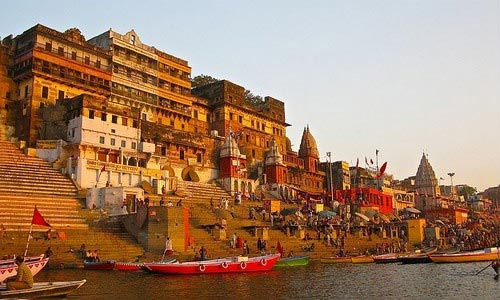 Golden Traingle With Varanasi & Khajuraho Tour