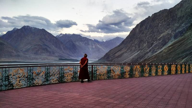 Leh – Ladhakh Tour 04 Night Leh + 01 Night Nubravalley  + 01 Night Pangong Lake – Ex Leh