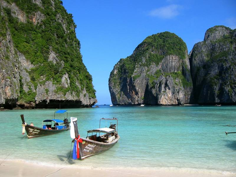 Phuket - Pattaya - Bangkok Tour