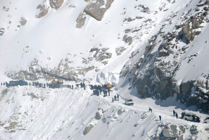 Ladakh Tour 7 Nights 8 Days