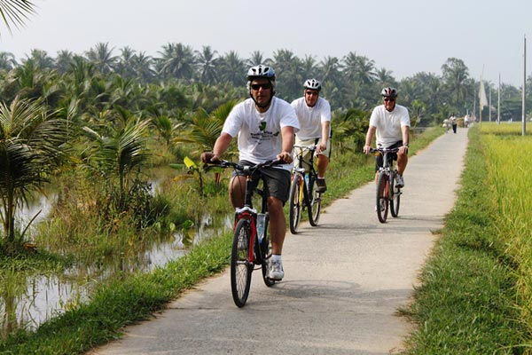 Biking Along Cambodia Coastal Towns Package