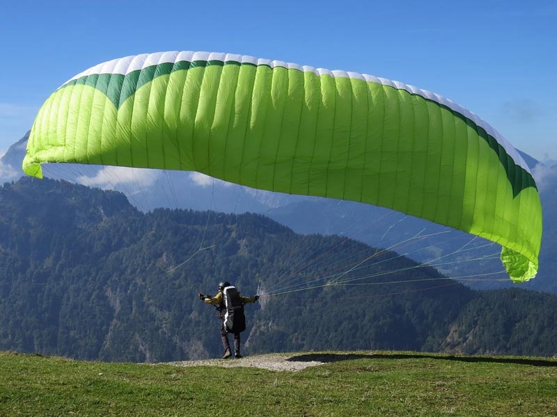 Hanoi To Halong Paragliding Short Adventure - 3d2n Package