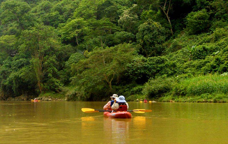 Trek North East Vietnam & Kayak Ba Be Lake Package