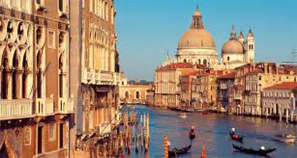Milan And Northern Italy Tour