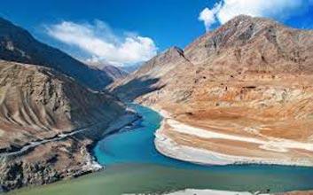 Majestic Ladakh Package Tour