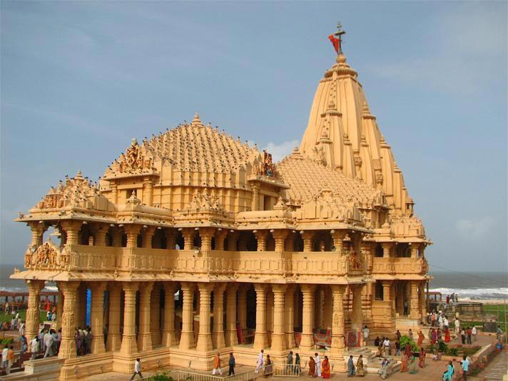 Gujarat Temple 8 Days Tour For Couple & Family