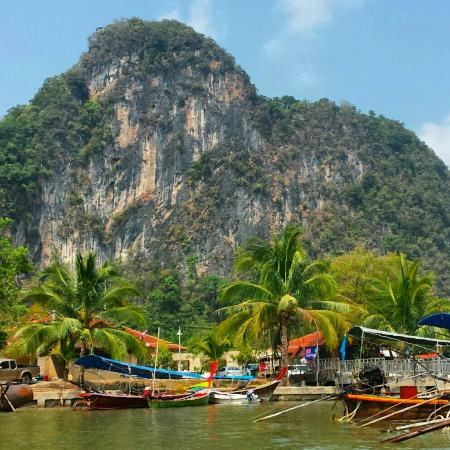 6 Nights 7 Days Thailand & Singapore Honeymoon Package