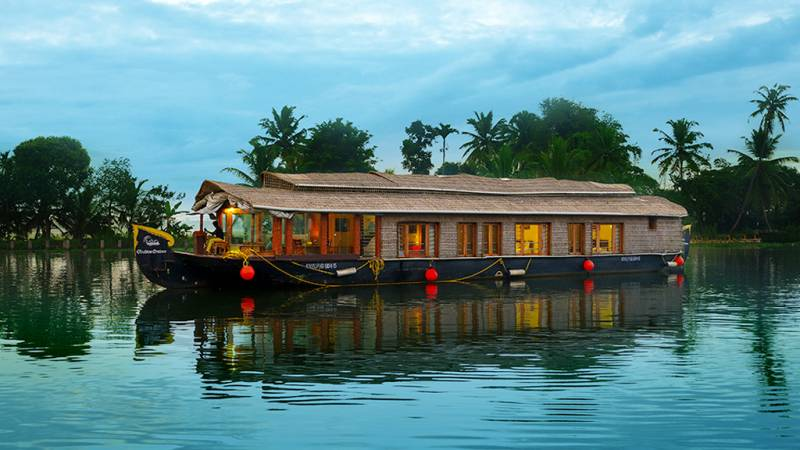 5 Night 6 Day Scenic Kerala