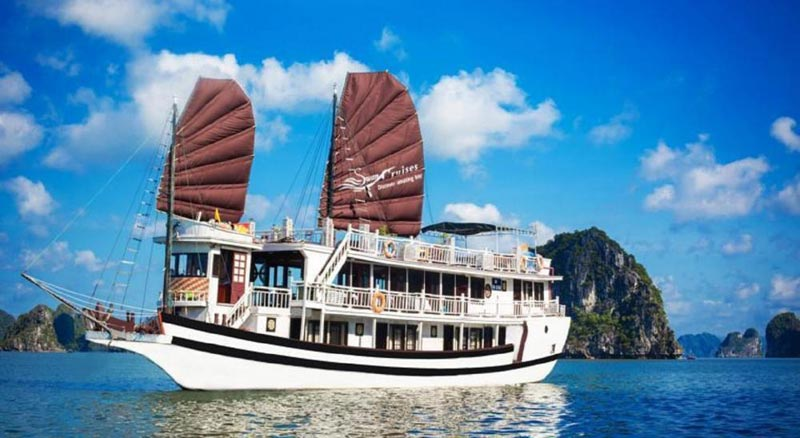 Halong Bay Overnight Junk Boat Cruise Tour