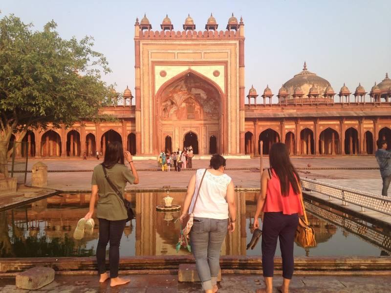 Dehradun Agra Jaipur Tour