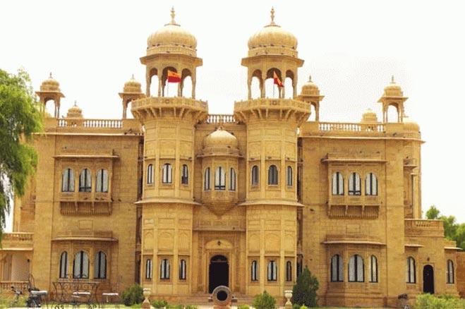 Jaipur (2) - Jodhpur (1) - Jaisalmer (2) - Bikaner (2) – 7 Nights / 8 Days Tour