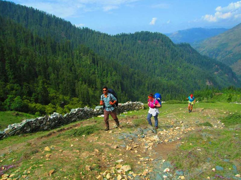 Jalori-tirthan Valley Track Package