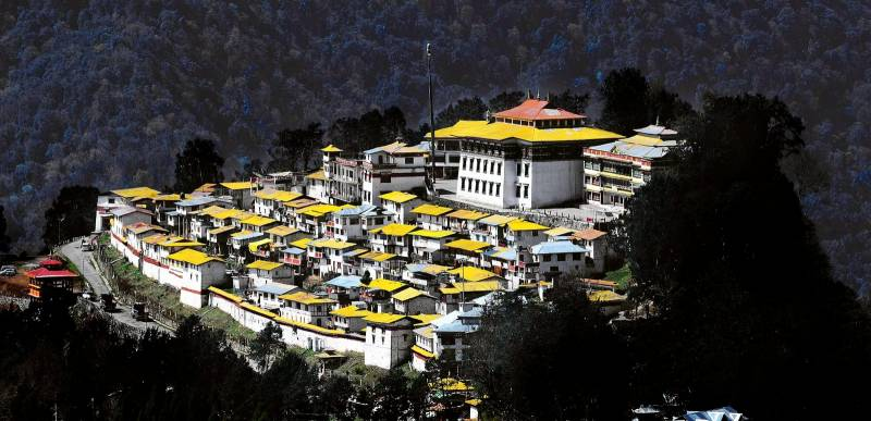 Tezpur Bhalukpong Bombdila Tawang Tour