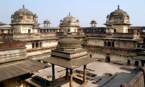 Jabalpur Agra Tour Package