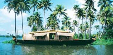 Cochin-Cherai-Kumarakam-Munnar (5 Days/4 Nights) Package
