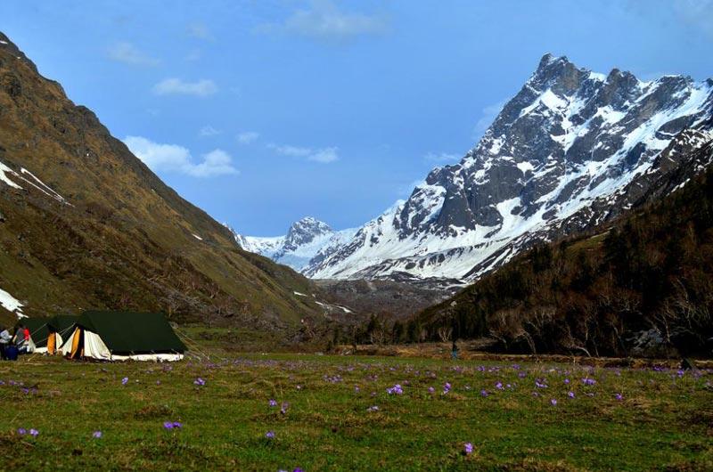 Borasu Pass Trek Tour