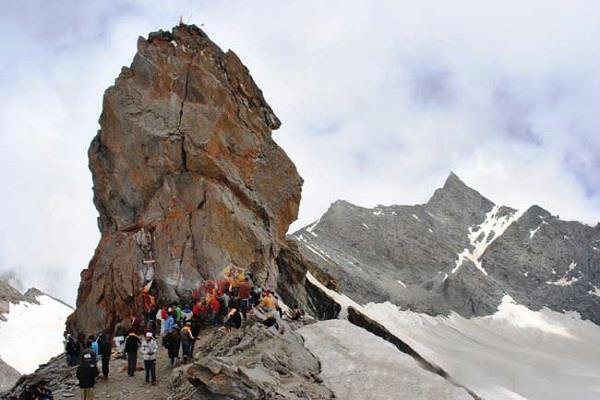 Shrikhand Mahadev Trek Tour