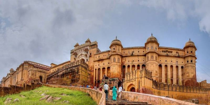 Mughal India Tour Package