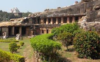 Puri Bhuwaneshwar With Konark Tour