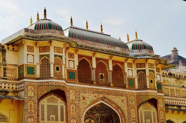 Udaipur-Bundi-Pushker-Jaipur Tour Package