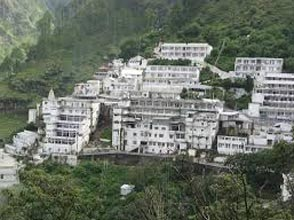 Patnitop Tour With Vaishno Devi Tour