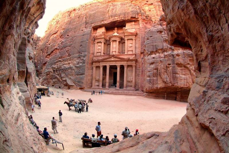 Jewels Of Jordan Tour