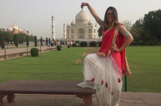 From Delhi : Taj Mahal Tour By Gatimaan Express