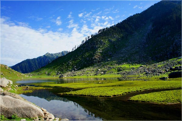 Kareri Lake Trek Package