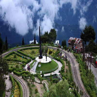Darjeeling Tour Package In Dehradun
