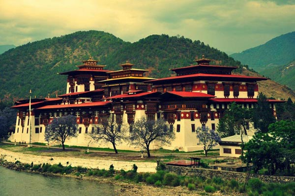 Journey To The Land Of Peaceful Dragon Tour
