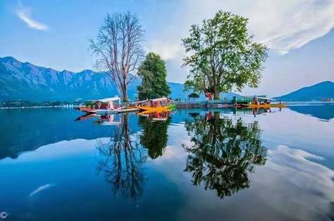 Kashmir New Year Special Offer Package