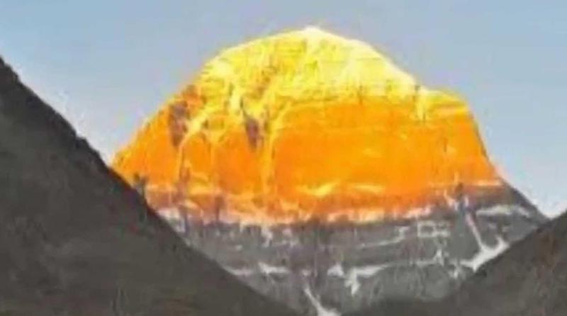Kailash Mansarovar Yatra ( Helicopter Package Ex-Lucknow ) Package
