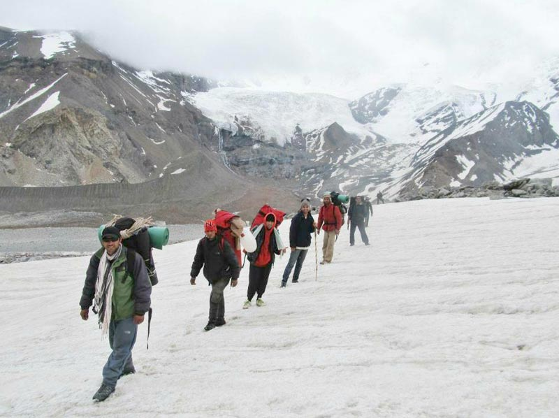 Borassu Pass Chitkul,Kinnaur-Har Ki Doon, Uttarkashi - Difficult- 6 Days Tour