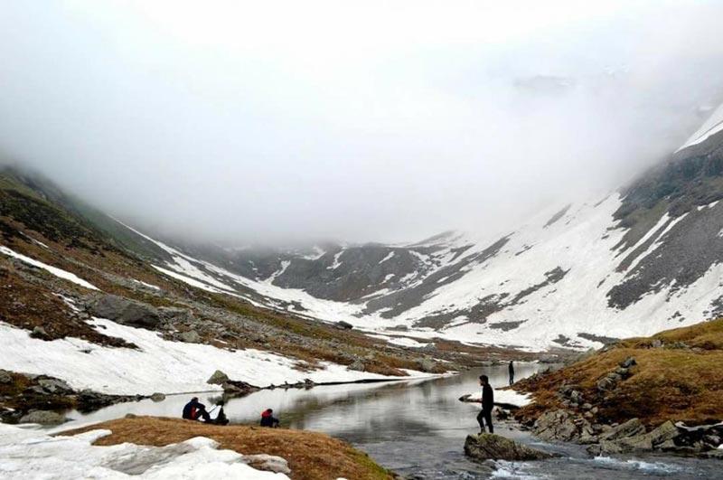 Hampta Pass (Manali-Lahaul) - Moderate - 5 Days Tour