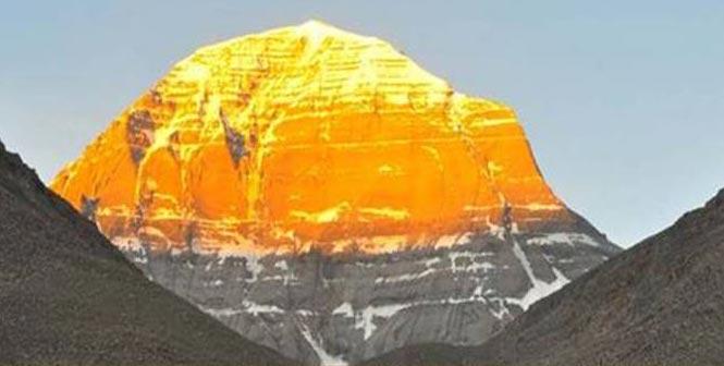 Kailash & Mansarovar Tour Overland (13 N 14 Days)